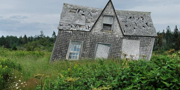 How to spot subsidence and what you can do about it.